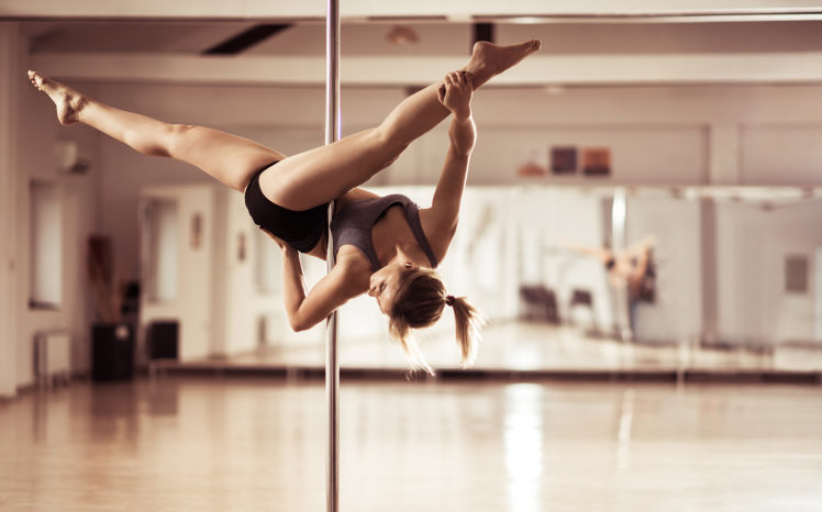 Pole Dancing As A Mainstream Workout