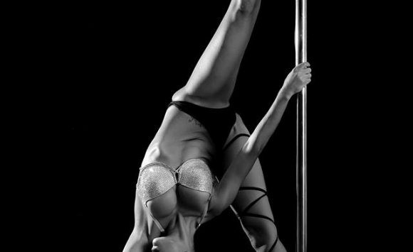 Pole In Love With Falling